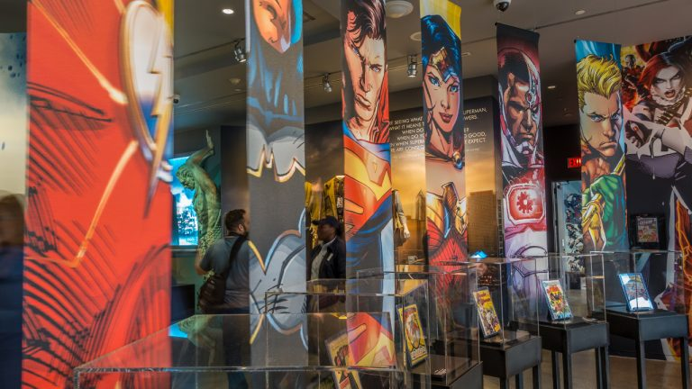 DC Comics Warns Freelancers Not to Participate in NFT Auctions Featuring the Company's IP